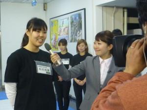 撮影本番 学生にインタビュー