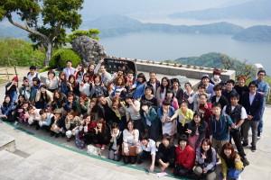 梅丈岳山頂で記念撮影。暑かったです。